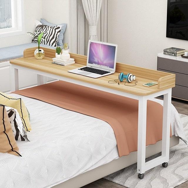 bàn để laptop trên giường (2)