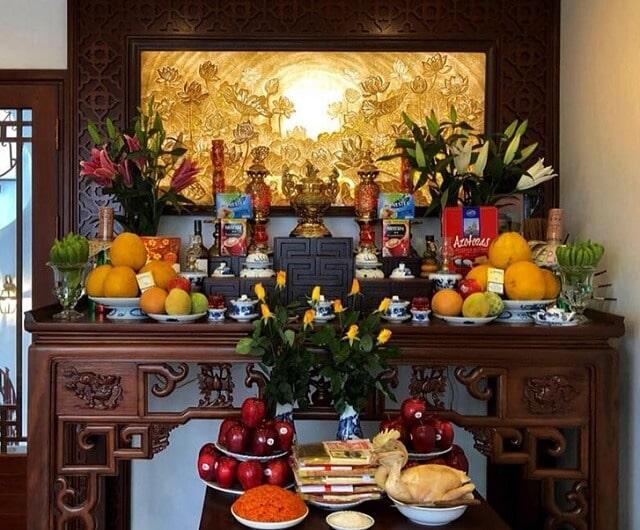 cách cắm hoa ngày tết trên bàn thờ (1)